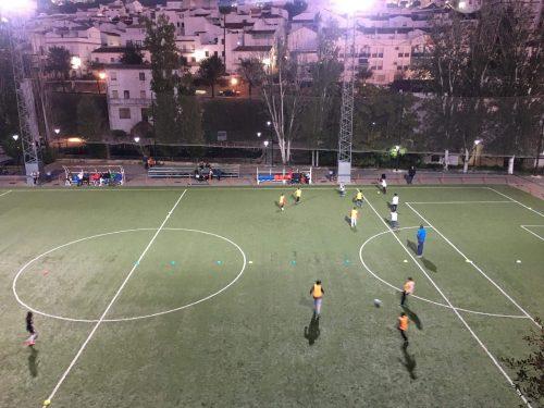 Entrenamiento de la Escuela Municipal de Fútbol